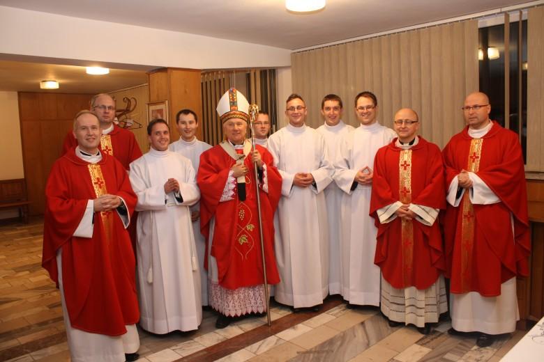 Kandydatura do diakonatu i prezbiteratu