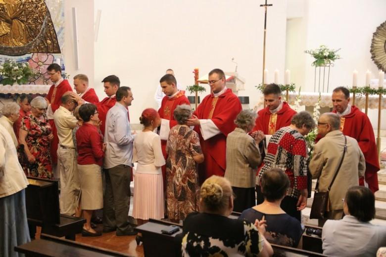 Msza św. z udziałem Księży Neoprezbiterów